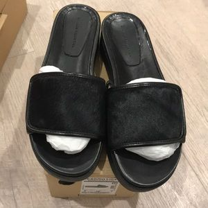 Zara flats in black size 7,5 and 9, new